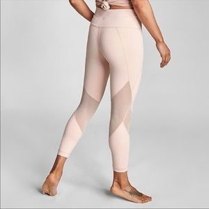 Athleta Eclipse 7/8 Tights Pale Pink. XS